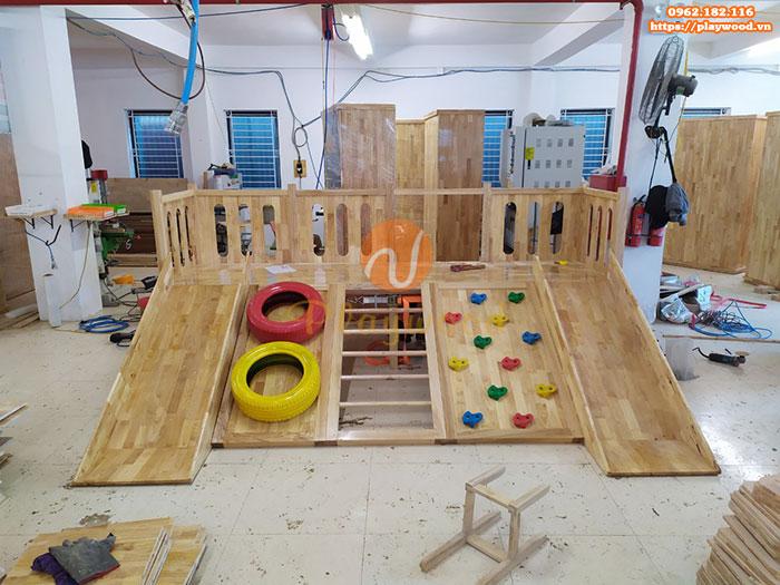 Sản xuất lắp đặt cầu trượt liên hoàn gỗ trong nhà cho khách tại Hà Nội-1