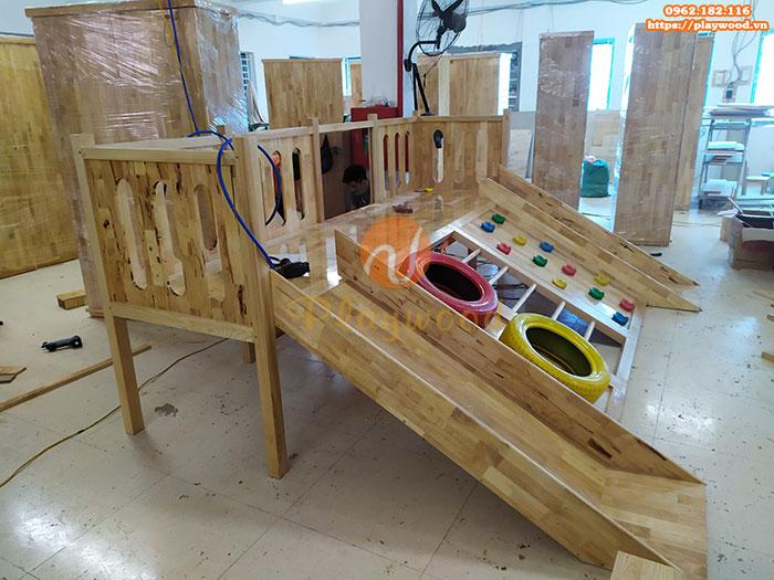Sản xuất lắp đặt cầu trượt liên hoàn gỗ trong nhà cho khách tại Hà Nội-3