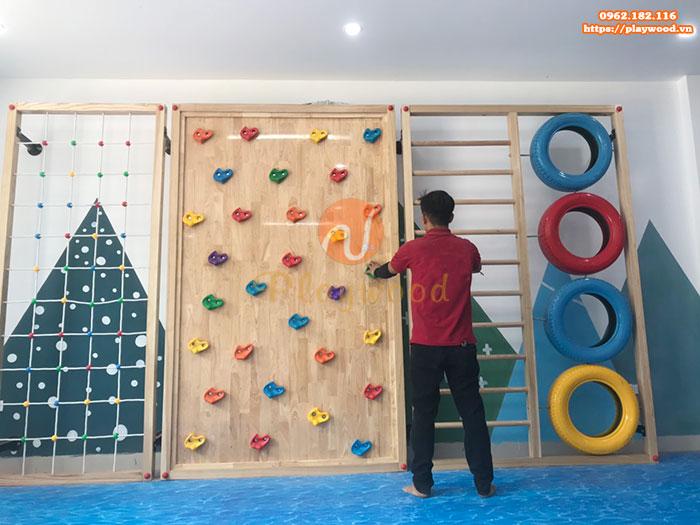 Sản xuất lắp đặt vách leo núi cho trường mầm non tại Hà Nội-3