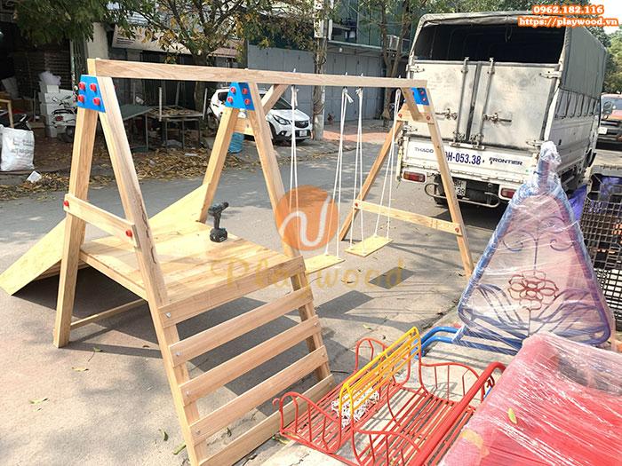 Xích đu gỗ 2 chỗ kèm thang leo cầu trượt cho trẻ PW-2308