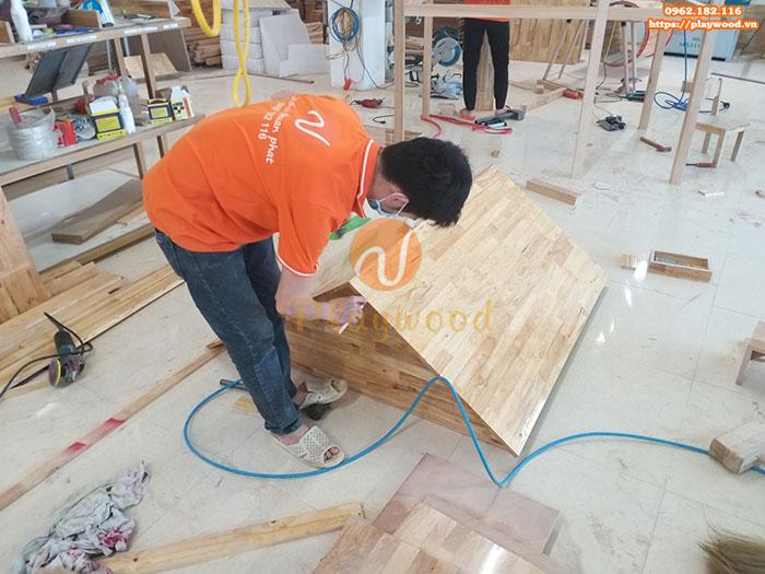 Sản xuất lắp đặt cầu trượt liên hoàn gỗ cho trường mầm non tư thục tại Hà Nội-4