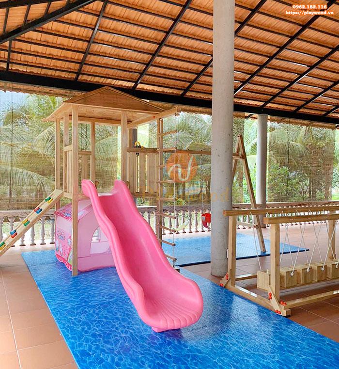 Sản xuất lắp đặt cầu trượt liên hoàn gỗ ngoài trời cho khách tại Tp. Hồ Chí Minh