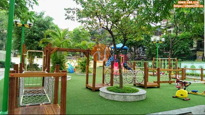 Chọn mua bộ vận động liên hoàn gỗ cho khu vui chơi trẻ em ngoài trời
