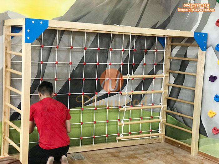 Lắp đặt thang leo gỗ và vách leo dây cho khách hàng tại Hoàng Mai –Hà Nội